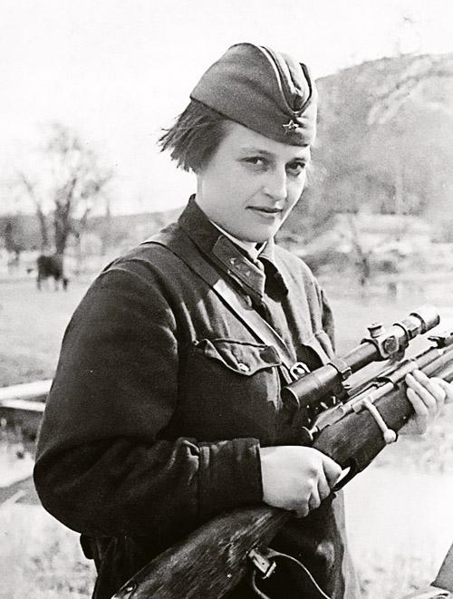 russian-female-sniper-wwii-hero